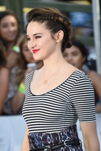 Shailene-Woodley-Braid-MTV-Movie-Awards
